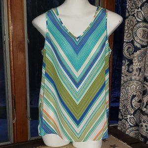 NWT Sleeveless Blouse APT. 9 Small